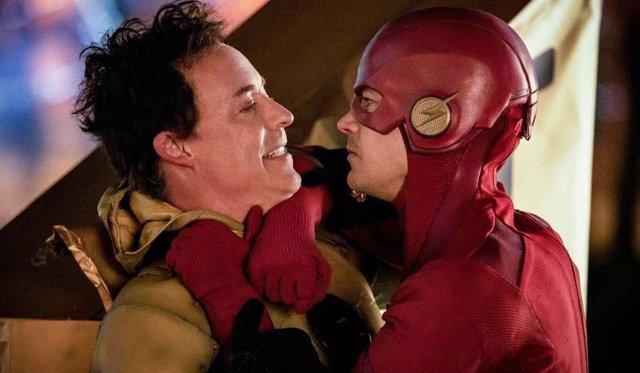 The Flash cierra su 5ª temporada explicando el origen de Crisis en las Tierras Infinitas