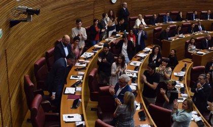 Morera, elegido de nuevo presidente de Les Corts con los 52 votos del Botànic