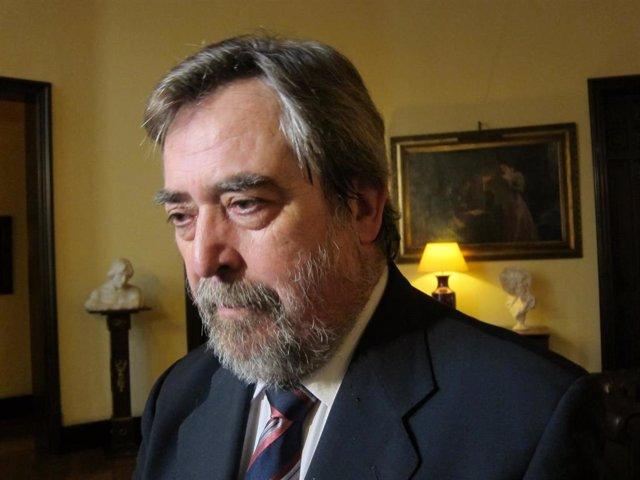 Juan Alberto Belloch.