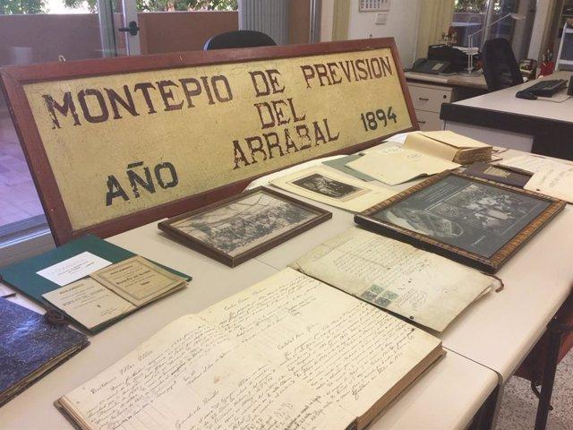 La Asociación Cultural Arraval de Santa Catalina dona su fondo documental al Archivo General del Consell de Mallorca