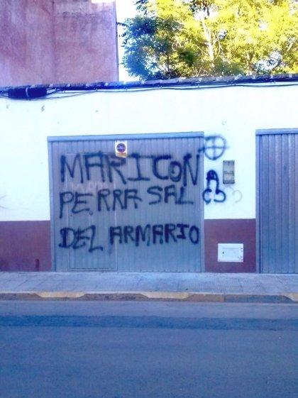 Izquierda Unida denuncia varias pintada homófobas aparecidas en Miguelturra