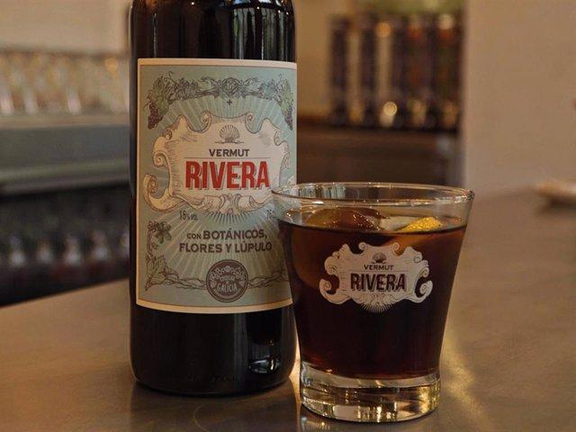El lúpulo marca la diferencia en el nuevo Vermut Rivera