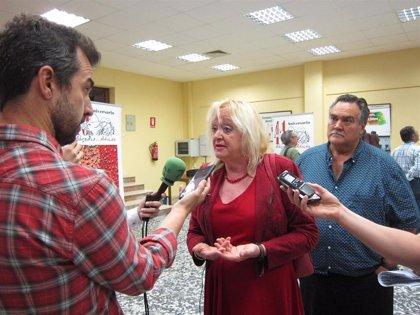"""Encarna Chacón (CCOO) vería un """"error grave"""" conformar un 'gobierno a la andaluza' en Extremadura"""