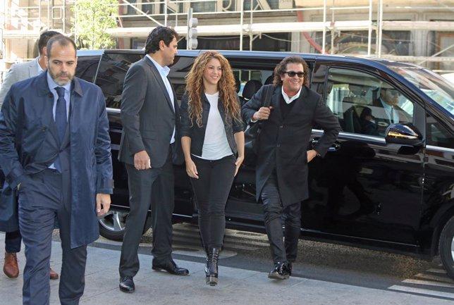 """Shakira defiende la """"originalidad"""" de 'La Bicicleta' en el Juzgado tras la demanda por plagio de Livam Castellano"""