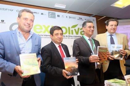La Diputación colabora en la edición de un libro que radiografía el cultivo del olivar en el mundo