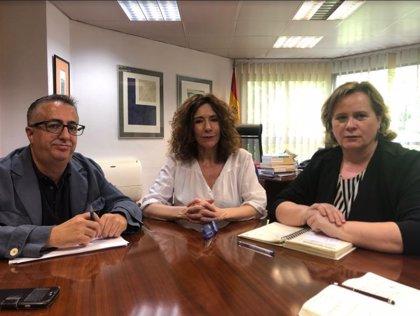 """UPA-UCE Extremadura traslada al Ministerio de Trabajo las """"dificultades"""" del registro horario en el campo"""
