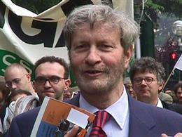 Gianni Vattimo, Medalla de Oro del Círculo de Bellas Artes