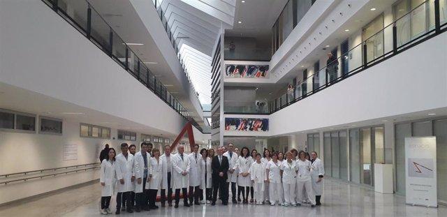 El servicio de oncología del HUCA, reconocido por su tratamiento de personas con cáncer