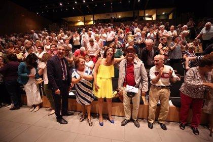 La Diputación de Málaga fomenta el voluntariado para acompañar a mayores que viven solos en los municipios más pequeños