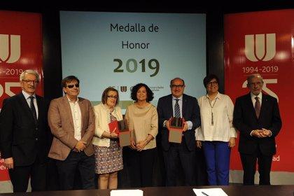 Fundación ONCE y la Xarxa Vives d'Universitats, Medalla de Honor de la CRUE