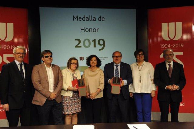 Fundación ONCE y la Xarxa Vives d'Universitats reciben la Medalla de Honor de la CRUE