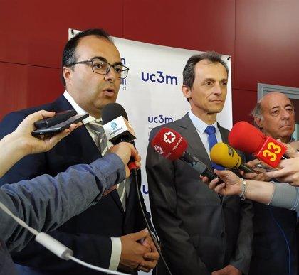 Pedro Duque avala la cesión del Ayuntamiento de Leganés de 130.000 m2 a la UC3M para su segundo campus, en 'Legatec'