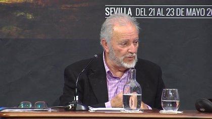 """Anguita ensalza la """"valentía"""" de Sánchez Mato y afea a la izquierda que cree que llegar al sillón """"es la meta"""""""