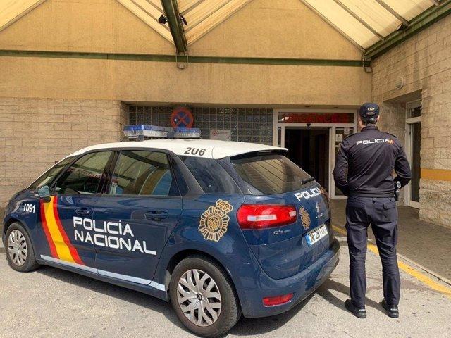 Alicante.- Sucesos.-Detenido un hombre por escupir y tratar de pegar a un médico del General que no le hizo una receta