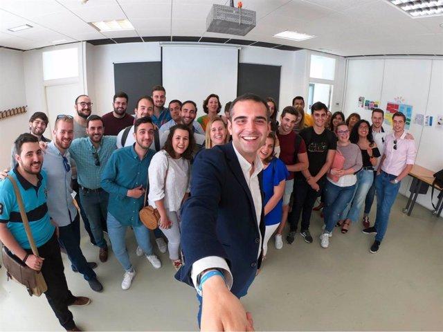 """Almería.-26M.- PP propone crear becas para impulsar el """"retorno del talento y promover el emprendimiento juvenil"""""""