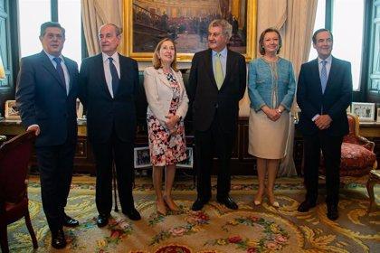 Ana Pastor reúne a los expresidentes del Congreso desde la Transición, en vísperas de dejar su cargo