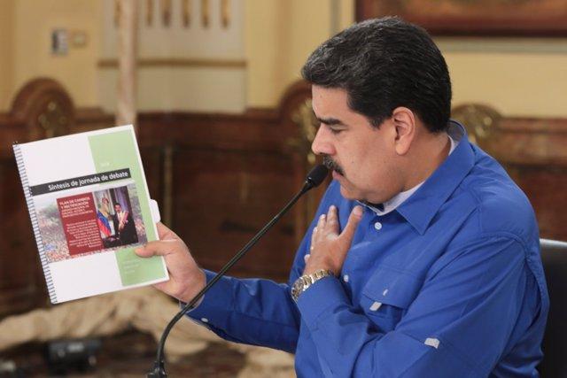"""Venezuela.- Maduro afirma que su ministro de Comunicación está en una """"misión especial"""" en el extranjero"""