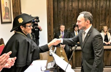 DA cedeix quatre ministeris d'Andorra a L'A i un a CC al nou Govern (CONSELL GENERAL D'ANDORRA)