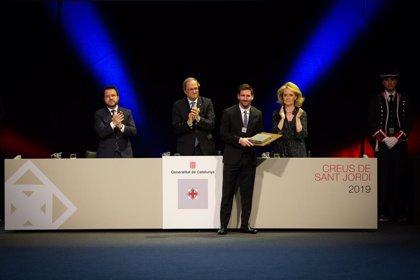 Leo Messi recibe su Creu de Sant Jordi