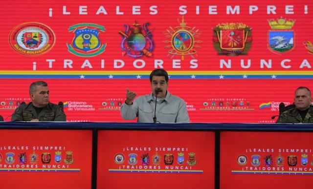 """Maduro califica de """"provocación contra Venezuela"""" la incursión de un barco estadounidense en aguas venezolanas"""