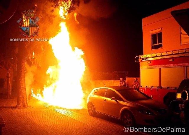 El incendio en contenedores en Es Vivero