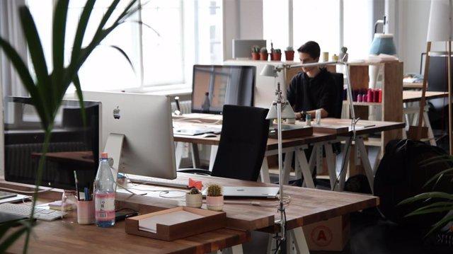 """CCOO lanza una campaña de información y asesoramiento y """"vigilará el cumplimiento"""" del registro horario de trabajadores"""