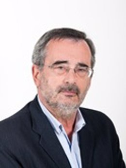 El socialista Manuel Cruz, que presidirá el Senado, promueve los valores del federalismo en Cataluña