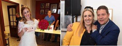 Page se encuentra en Almagro con la concejal socialista que le votó en las primarias de 2017 vestida de novia