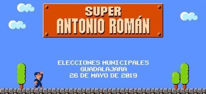 Román anuncia un Museo del Videojuego en Guadalajara y crea el suyo propio emulando a 'Mario Bros'