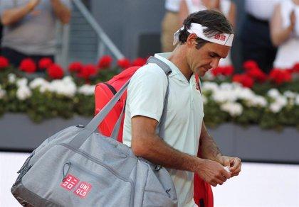 Federer se retira por lesión y Tsitsipas ya espera rival español en semifinales