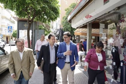 """26M.- Pimentel promete un plan de """"revitalización de barrios"""" y un """"programa de choque"""" para la limpieza"""