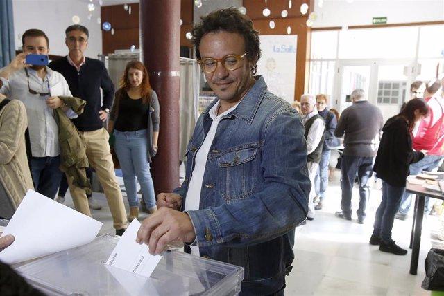 La coordinadora general de Podemos Andalucía, Teresa Rodríguez, acude a votar