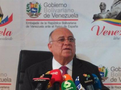 """Venezuela pide a España que """"retire"""" el reconocimiento a Guaidó y asuma que """"se precipitó"""""""