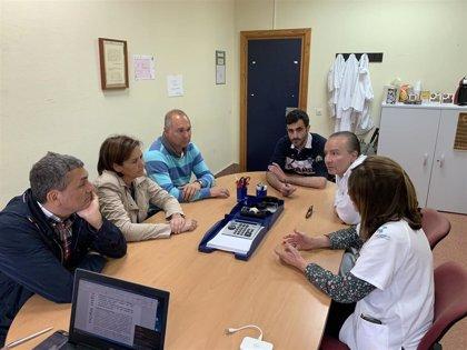 Foro se compromete a desbloquear el desarrollo profesional de los trabajadores del Hospital de Arriondas