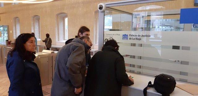 CambiaLo acusa a Unidas de intentar quitarle la voz en RTVE y Unidas asegura que está reclamando su tiempo