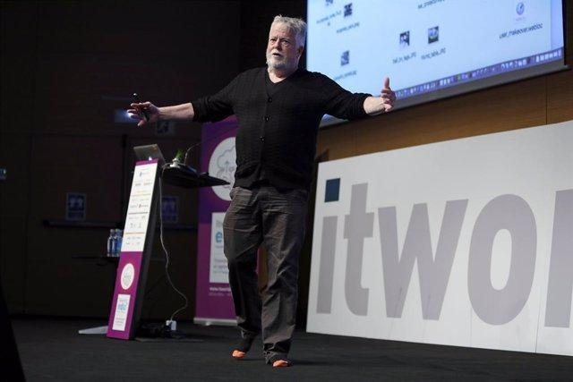 La tecnologia és clau en el procés d'aprenentatge, segons experts de l'ITworldEdu