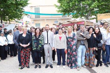 Armengol asiste a la inauguración del Mercado Medieval de Capdepera