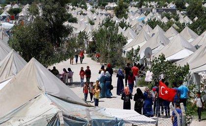 La UE ha desembolsado 2.220 millones del total de 6.000 millones prometidos para los refugiados en Turquía