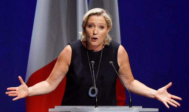 Marine Le Pen, líder de la Unión Nacional, en un acto en Frejus