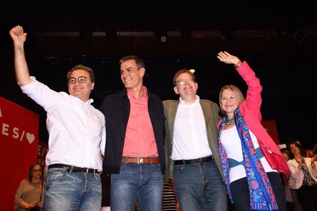 Acto del PSOE celebrado en Avenida Doctor Gadea en Alicante