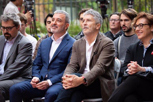 Acte del PSC amb veïns i entitats en el Raval (Barcelona)