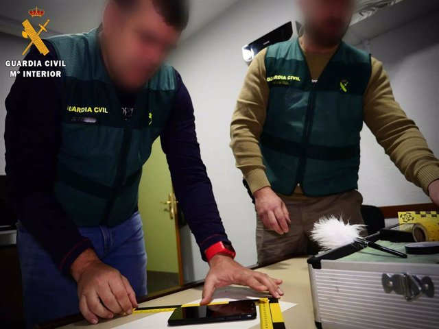 Almería.- Sucesos.- Detenidas cuatro personas de Roquetas de Mar por la presunta comisión de hasta 25 robos en viviendas