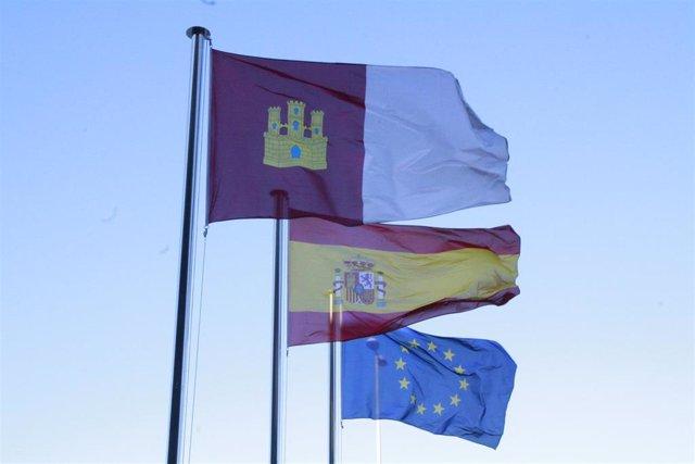 Banderas, Castilla La Mancha, Europa, España, Cielo, Despejado