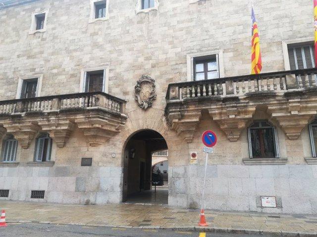 Condemnen a una mútua a pagar 12.000 euros a una clínica privada d'Eivissa per l'atenció a un accidentat laboral