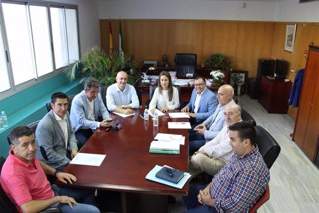 Huelva.- La delegada de la Junta se reúne con empresarios del sector turístico de Lepe