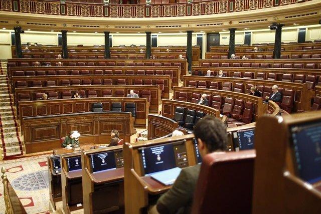 28A.- Los nuevos diputados pueden empezar a acreditarse este lunes y deberán declarar su patrimonio e intereses