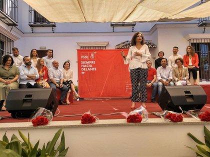 """María Jesús Montero anima a """"completar el puzle"""" con una victoria """"contundente"""" del PSOE en municipios y en Europa"""