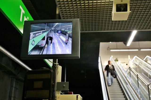 Trabajadores del Metro de Barcelona vuelven a hacer paros el lunes por la gestión del amianto