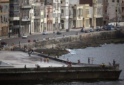 Tres fallecidos y una treintena de heridos tras un atropello múltiple en el Malecón de La Habana