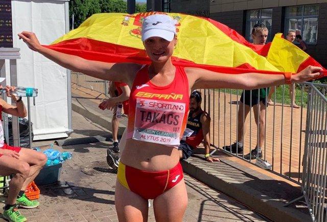 Atletismo.- Julia Takacs bate el récord de España de 50 kilómetros marcha y se cuelga la plata europea